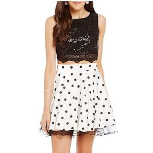Homecoming/short prom dress